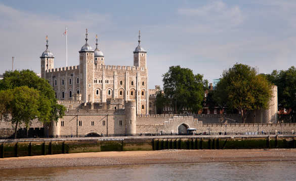 View across the River thams towards the Tower of London/