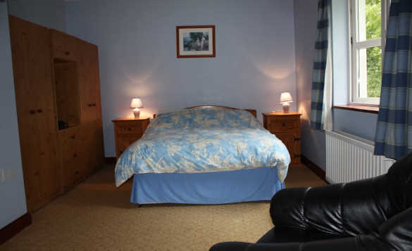 Double bedroom in Cassidy's self-catering cottages, Ballyconnell/