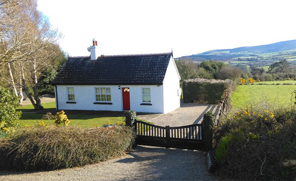 Single storey traditional Irish cottage in Co Wicklow, Ireland/