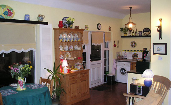 Dining kitchen of Innisfree self-catering cottage in Co Wicklow Ireland/