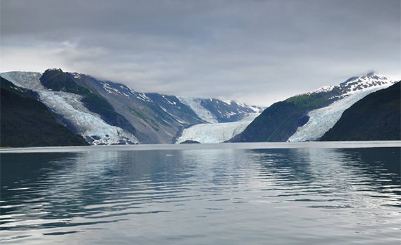 Calving Glaciers two hour drive Anchorage/