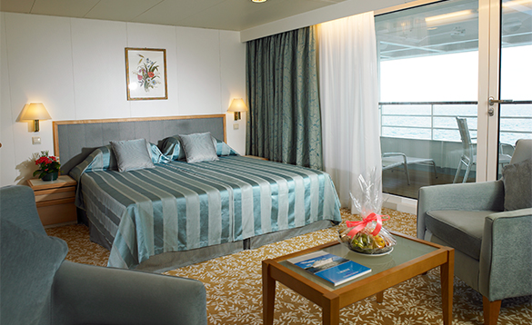Superior suite on Fred Olsen cruise ship Braemar/