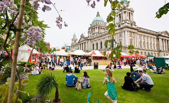 Busy market beside Belfast City Hall/