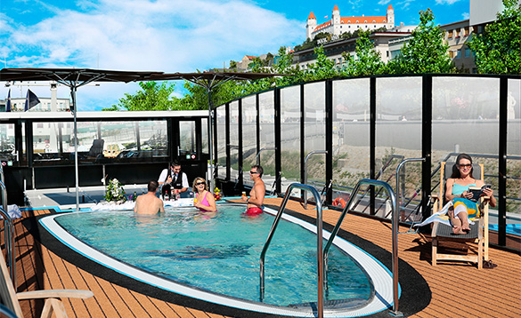 Lido deck pool and bar on your river cruise/